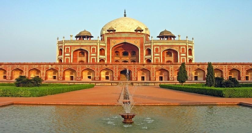 Humayun_Tomb,_Delhi.jpg