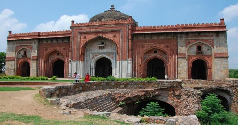 Puran_Qila,_Delhi.jpg
