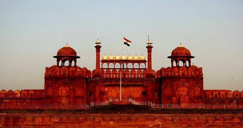 Red_Fort,_Delhi_India.jpg