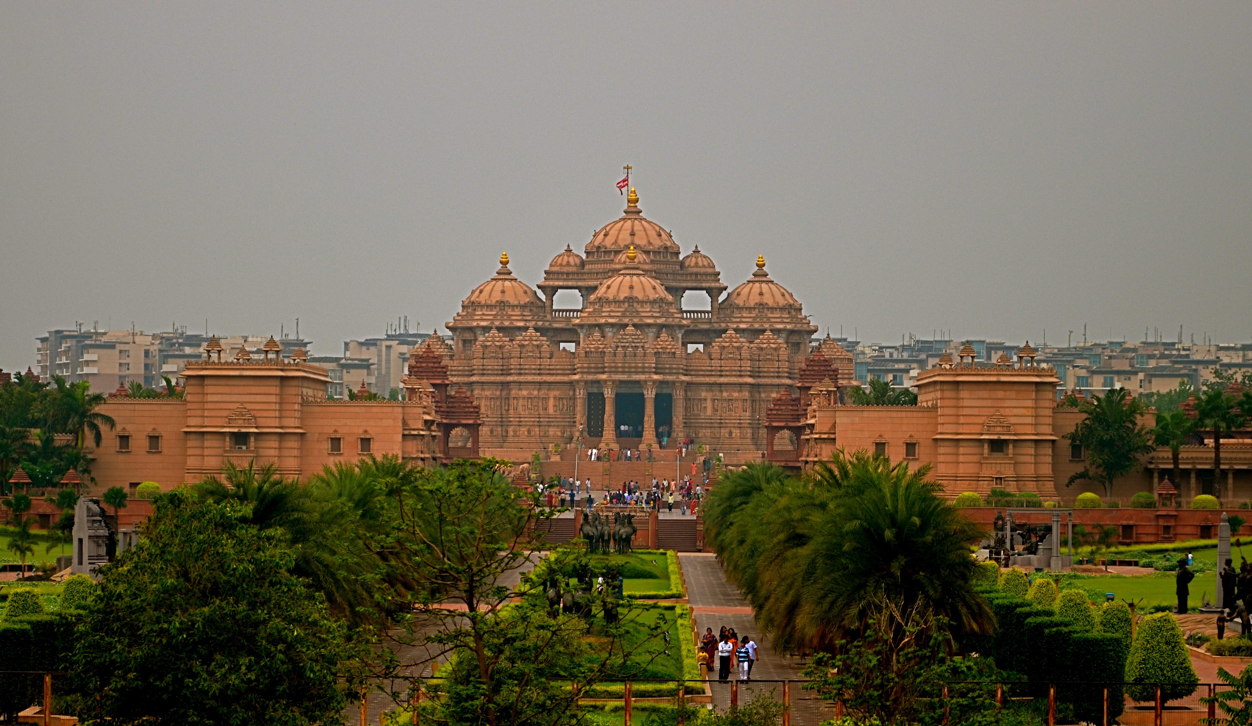 akshardham-temple-in-delhi.jpg
