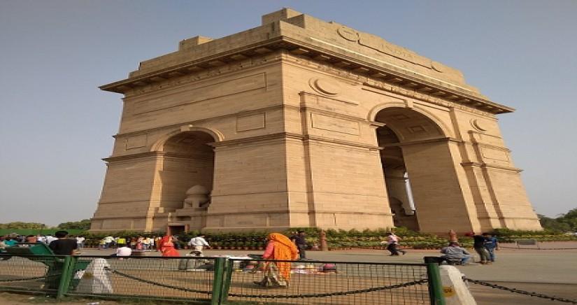 india-gate-corner-view.jpg